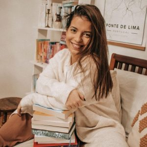 ines-sagres-under-the-pages